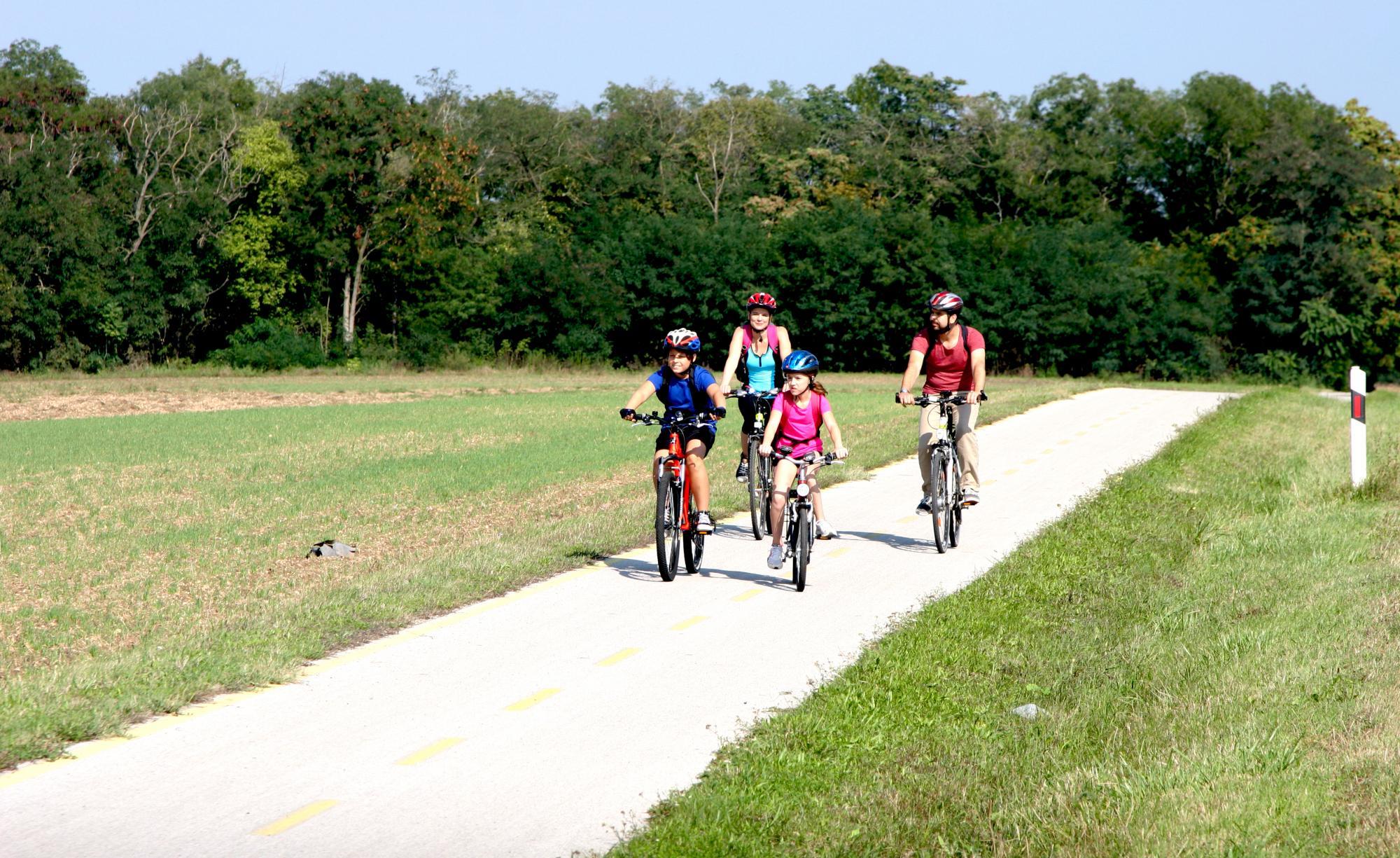 Kerékpáros család